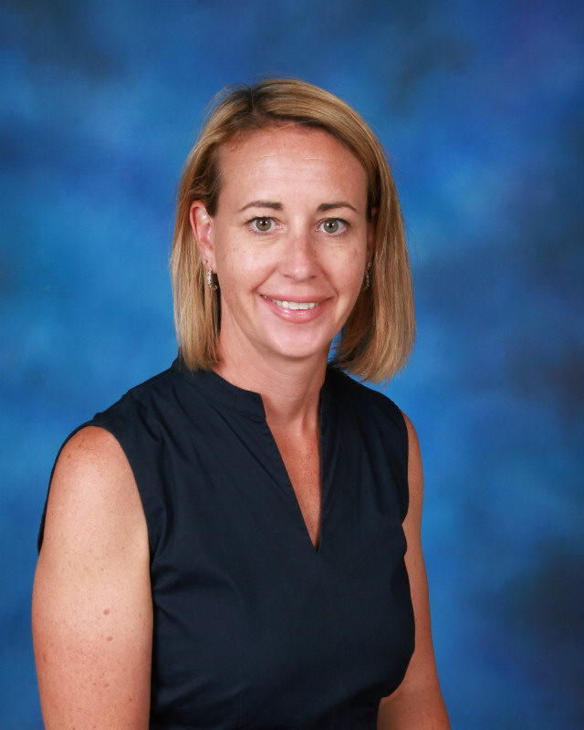 Kira Kania, Principal